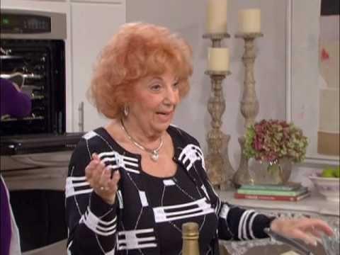 Sylvia Drescher (Fran's mom) cooks her favorite family dish on the Fran Drescher tawk