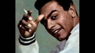 Watch Johnny Mathis Chances Are video