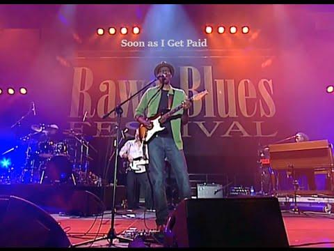 Keb Mo ** Soon As I Get Paid ** (LIVE Rawa Blues Festival)