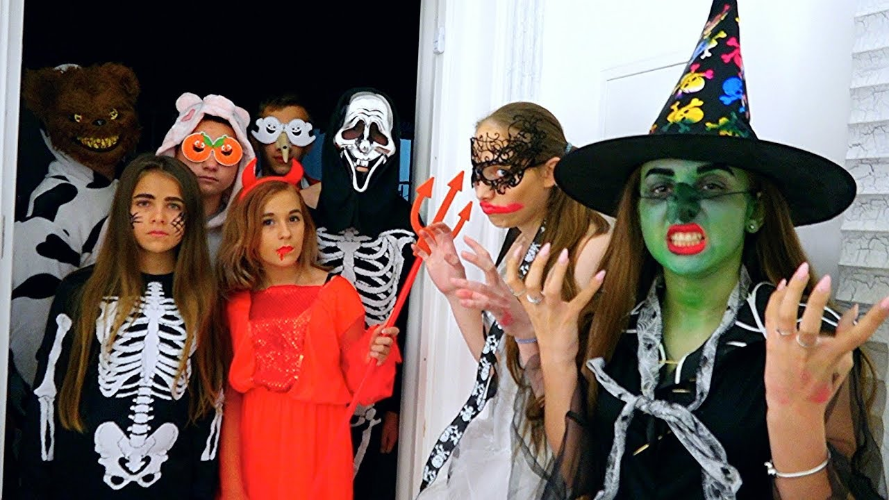 ХЭЛЛОУИН на Каникулах! ВЕЧЕРИНКА // HALLOWEEN Party