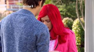 Video Violetta 3 - León descubre que Violetta es Roxy (03x41) download MP3, 3GP, MP4, WEBM, AVI, FLV Oktober 2018