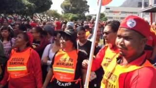 Numbers swell in Cape Town as Cosatu marchers make their way through CBD