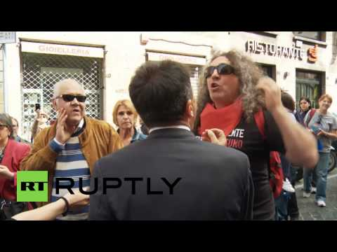 Italy: Thousands of teachers and students protest against Renzi's 'Good Schools' reform