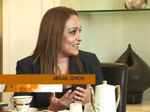 2. Consuelo de Saint-Exupéry, entrevista a Abigaíl Suncín.