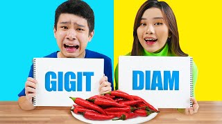 Download lagu Challenge Makanan Gigit, Jilat atau Diam