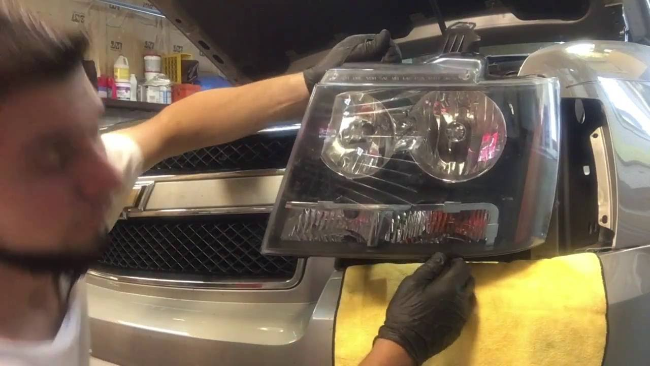2008 chevy avalanche headlight replacement