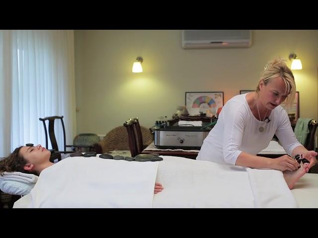 Sıcak taş terapisi nasıl yapılır?