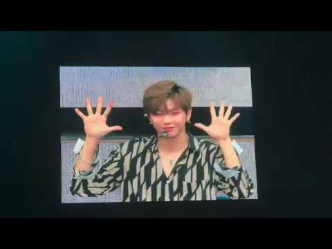 170922 WANNA ONE (워나원) 1st Fanmeeting in Singapore - It's WANNA ONE time Kang Daniel ( 강다니엘 )