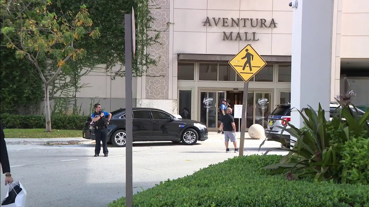 3 rushed to hospital following reports of shots fired at Aventura Mall