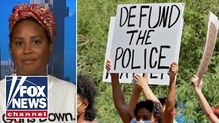 Activist explains key differences between 'defunding', 'dismantling' police