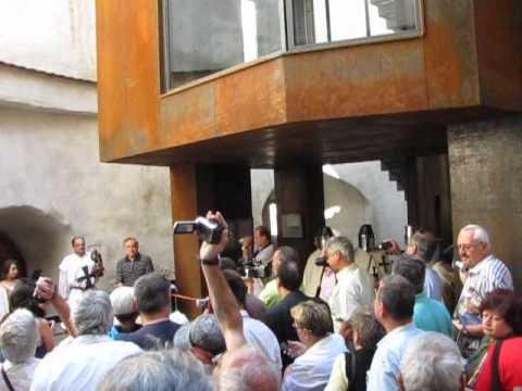 Brasov-Inaugurare Turnul Postăvarilor-Discurs Căncescu și Turul Bastionului (28Mai2011)