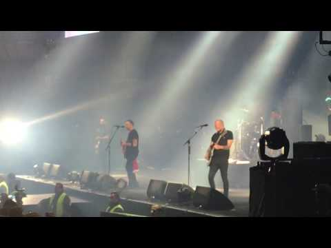 Rise Against - Savior [HD LIVE] Movistar Arena 2017