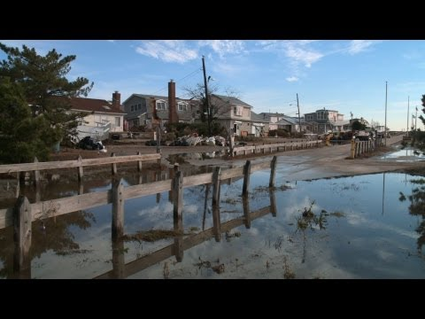 MetroFocus Full Episode: Sandy Rebuilding, Closed Beaches, Gospel of Freedom, Ikea Wedding