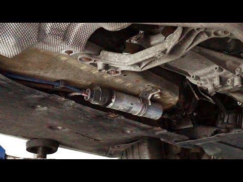 Bmw 1 Series E87 Fuel Filter Replacement Maintenance Service