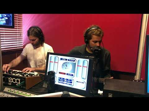 Down The Dream (live At RTRFM)
