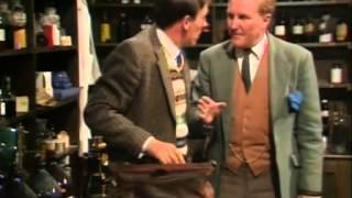 1 серия, 2 сезон, «O всex сoздaнияx — бoльшиx и мaлыx», 1978. Джеймс Хэрриот.