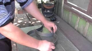 видео Как самостоятельно сделать форму для заливки садовых дорожек