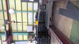 リフティングマグネット600kg 鉄材の運搬動画