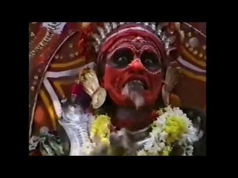 Bhutas Kola - Dèi viventi del Karnataka (India)