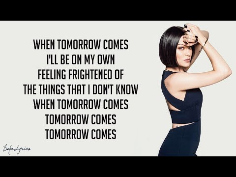 Flashlight - Jessie J (Lyrics) 🎵| From Pitch Perfect 2