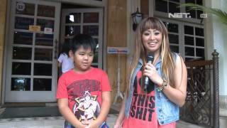 Entertainment News - Pinkan Mambo latihan vocal bersama anak