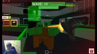 Играю в ROBLOX: Зомби атака
