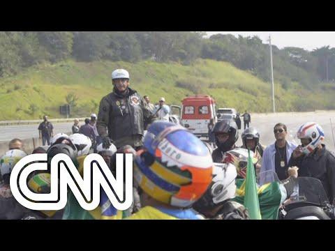 Bolsonaro faz passeio
