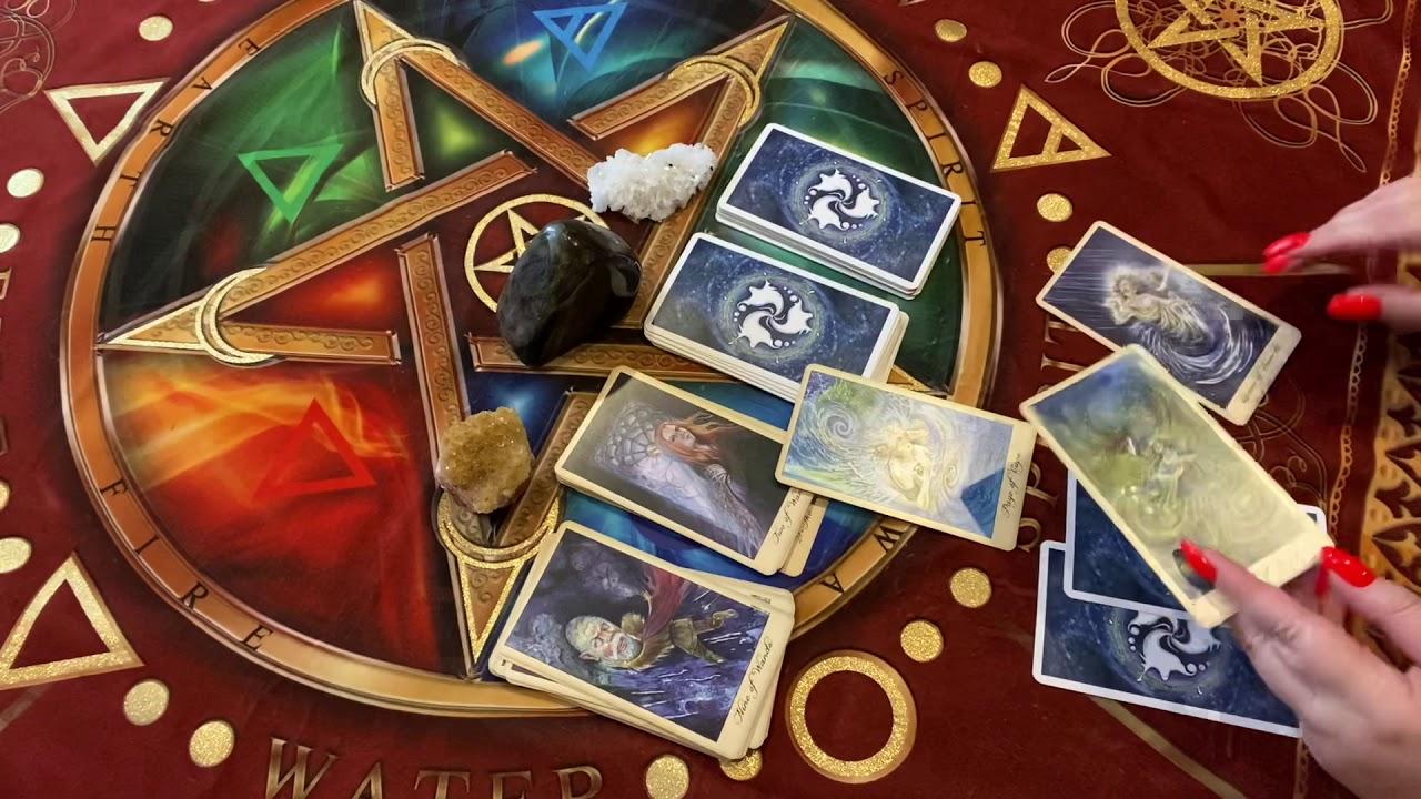 Гадание на порчу на картах смотреть бесплатно аниме про школу магии