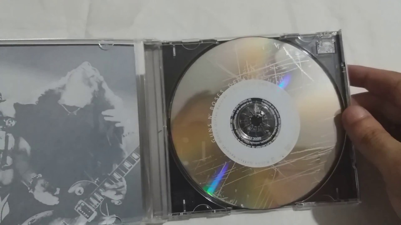 Unboxing: Guns N Roses - Greatest Hits (CD)