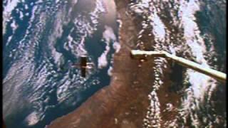 Space Shuttle Flight 35 (STS-31) Post Flight Presentation