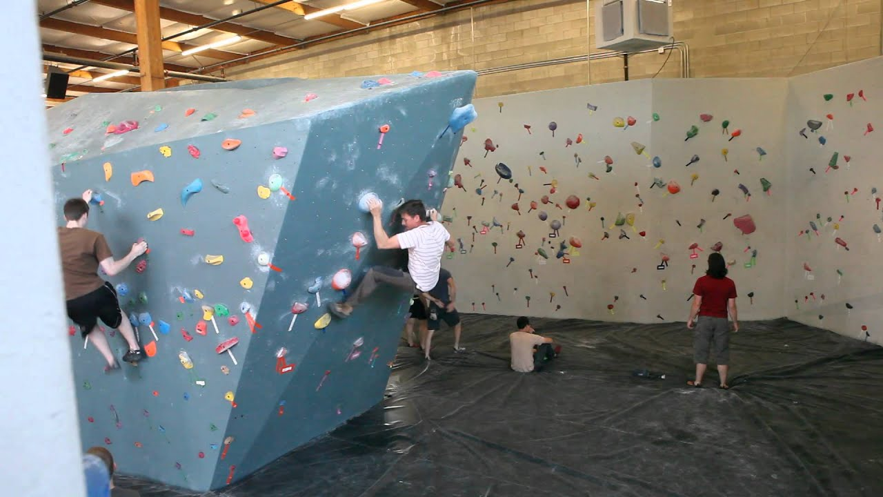 V4 Dyno At Seattle Bouldering Project Youtube