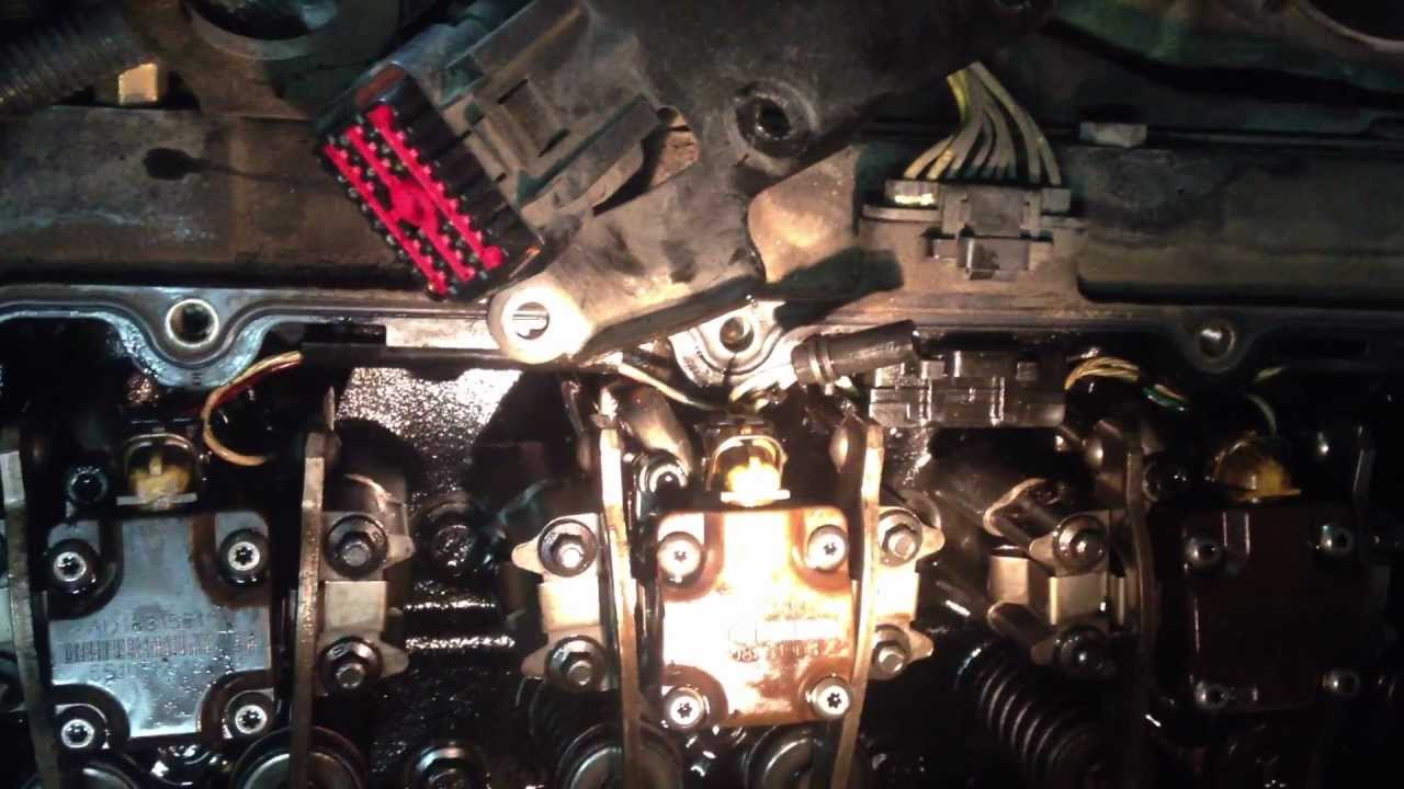 maxresdefault ford 7 3 l glow plug removal & install trick youtube 1995 7.3 powerstroke engine wiring harness at eliteediting.co