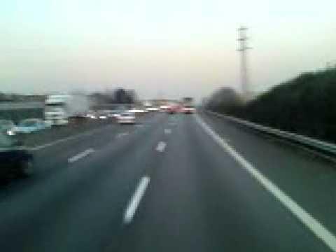Autobahn bei Mailand