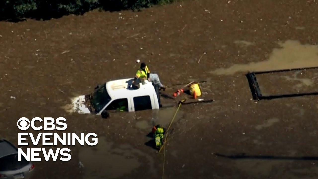 Massive Water Main Break Floods Parts Of Houston Youtube
