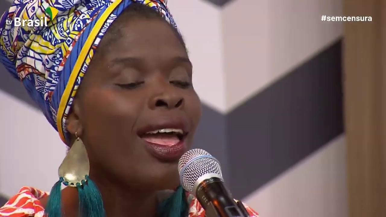 Cantora Africana Fattú Djakité é Convidada Do Sem Censura Youtube