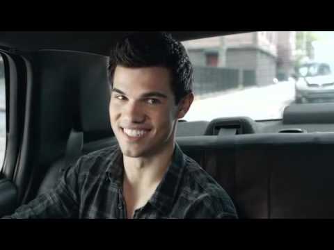 Taylor Lautner - NEW MTV Movie Awards 2011 promo !