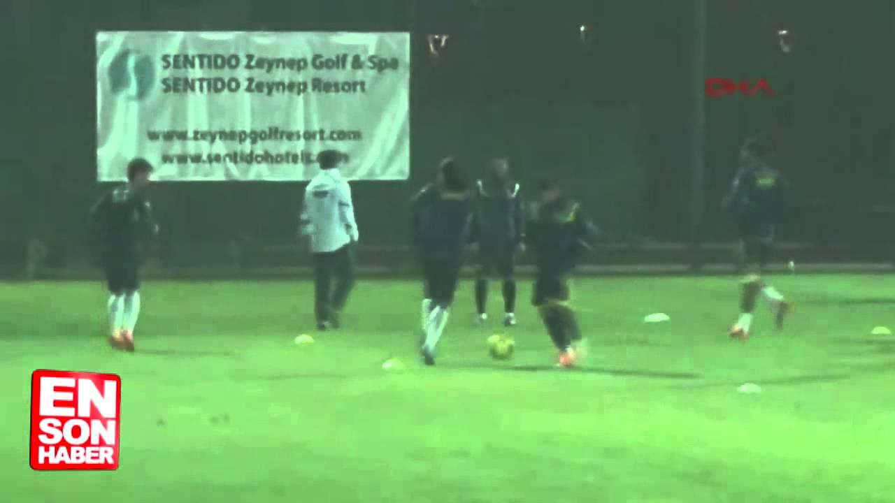 Fenerbahçe'de Emre Belözoğlu takımla çalışmalara başladı
