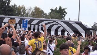 Juve, i tifosi accolgono Cristiano Ronaldo e compagni allo Stadium