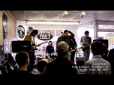 Skaters at Plan 9 Music, Record Store Day 2014 1
