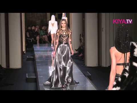 Versace meets Grace Jones: die aktuelle Haute Couture Frühjahr/Sommer Kollektion 2014