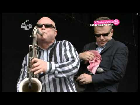 Madness - It Must Be Love - V Festival 2010.mpg mp3