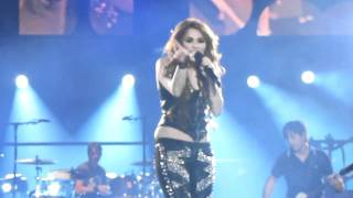 Miley Cyrus - Smells Like Teen Spirit [Nirvana cover] - _Gypsy Heart Tour_ live in Chile 2011