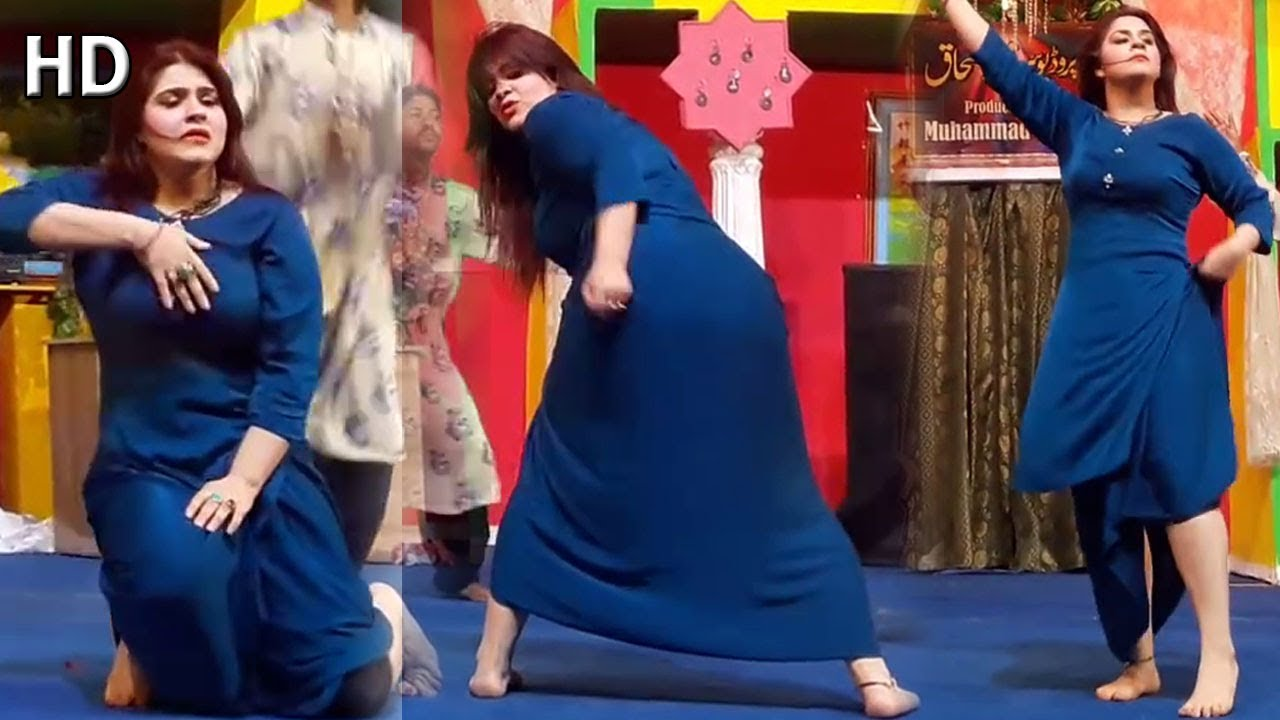 Download Sunehri Khan Pyar Wali Khich   Lahore Stage Dance - Saraiki Music Baba