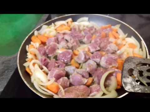 Мясо индейки тушенное. Диетический рецепт. Вкусно и полезно.