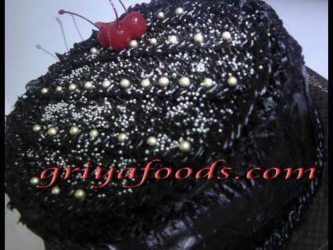 Cara Menghias Black Forest Dengan Coklat Leleh Dan Aneka