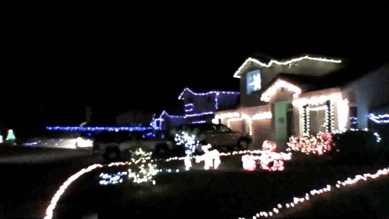 christmas lights 13 houses set to little drummer boy youtube - How To Set Christmas Lights To Music
