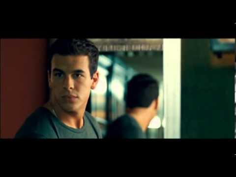 Twilight love 2 - J'ai envie de toi - Tengo ganas de ti - (Bande annonce V F) poster