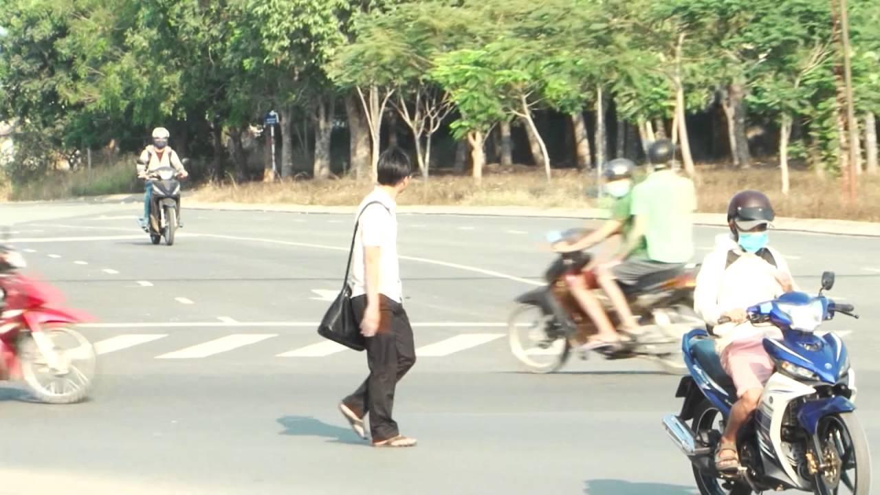 Lại chuyện tham gia giao thông của sinh viên làng đại học – CCC Tập 132