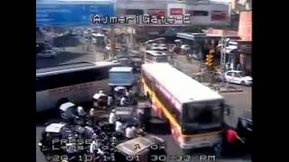 Download Video kecelakaan tragis MP3 3GP MP4