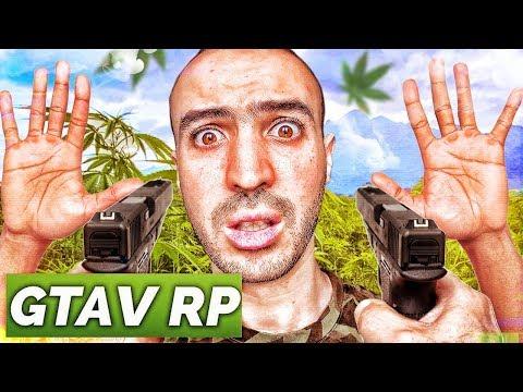 ON S'EST FAIT BRAQUER PAR DES GANGSTERS ! ( GTA RP ) - Прикольное видео онлайн